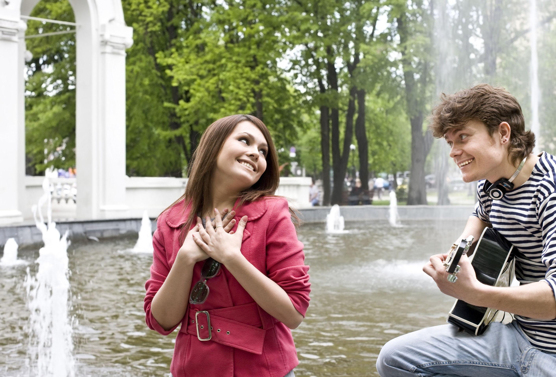 Русская пара пригласила девушку 13 фотография