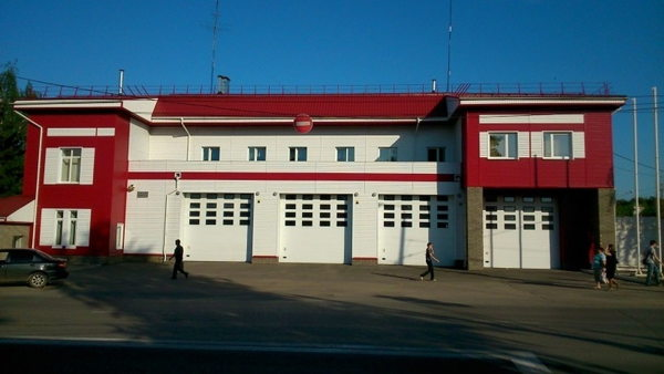 Как работают пожарные и спасатели