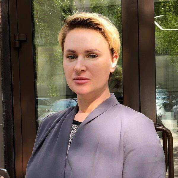 Елена Пожарнова