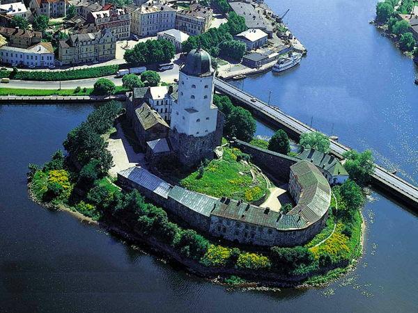 Подъем на башню св. Олафа Выборгского замка.