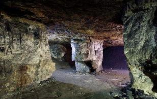 Пещеры (каменоломни) Сьяны. Московская область. Дети 10 лет и старше